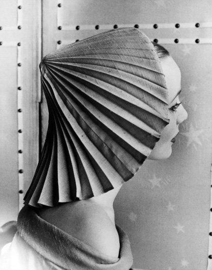 Elsa Schiaparelli Hat